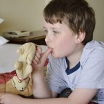 Script hypnotique - Arrêter de sucer son pouce (pour enfant de 5 à 10 ans)