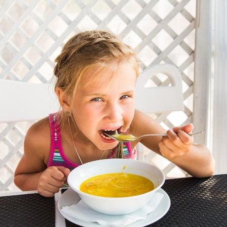 Script hypnotique – Retrouver un bon appétit (pour les 9 ans et moins) (visualisation thérapeutique)