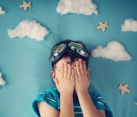 Script hypnotique - Dépasser la peur de voyager en avion (pour les 5-14 ans) (visualisation thérapeutique)
