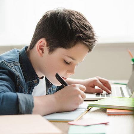 Script hypnotique – Amélioration rapide de la concentration pour l'étude (pour les 10-16 ans)